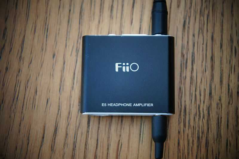 [FiiO E5 headphone amp]
