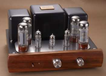 [Yarland M34 (shown here with EL34 valves)]