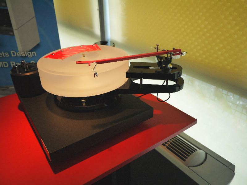 [Scheu Premier turntable with Classic tonearm]