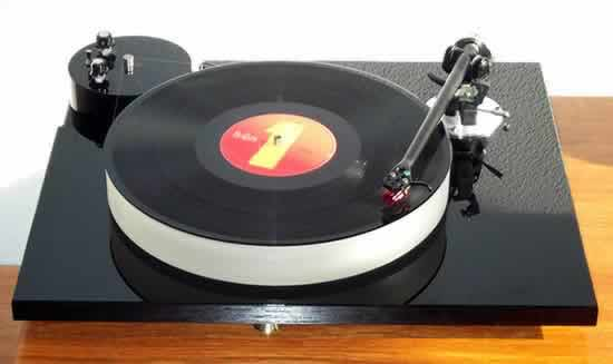 [Eurolab RB Turntable]