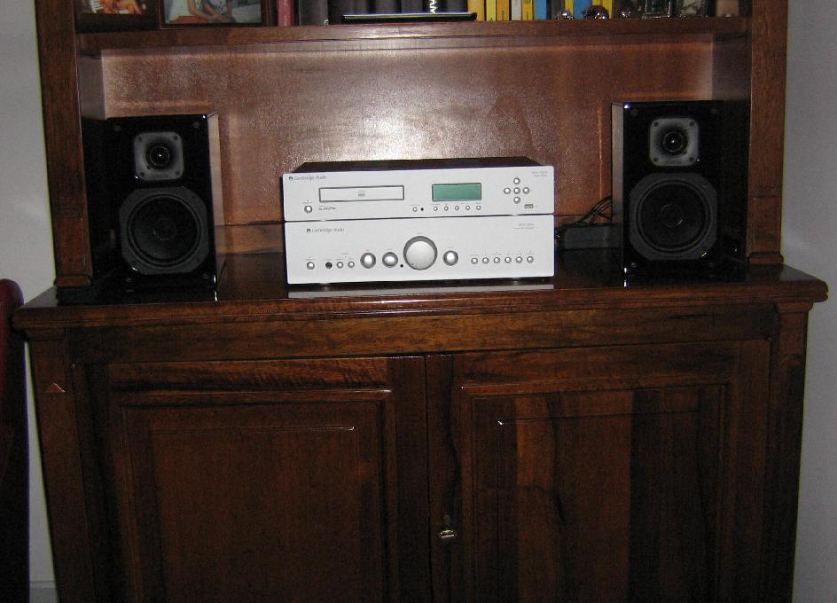 Mobili Per Impianto Stereo: Arredamento scontato per interni quarrata ...