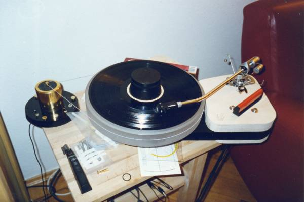 [old Scheu kit turntable]