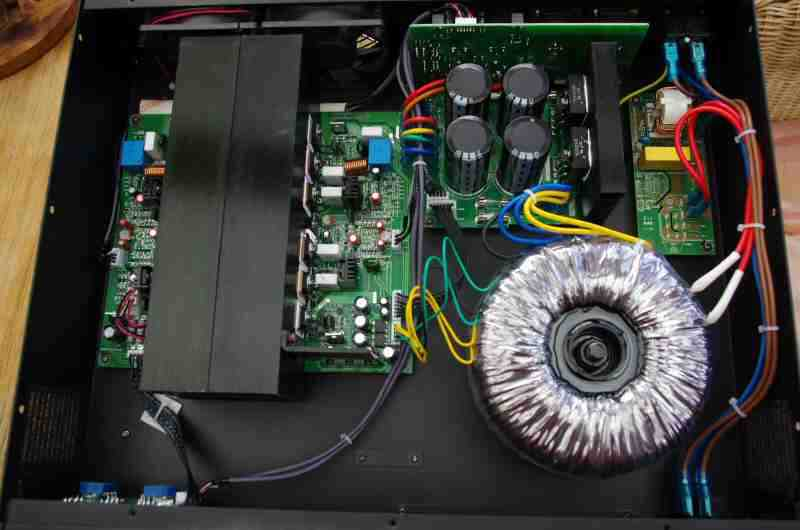 t.amp-E800-amplifier
