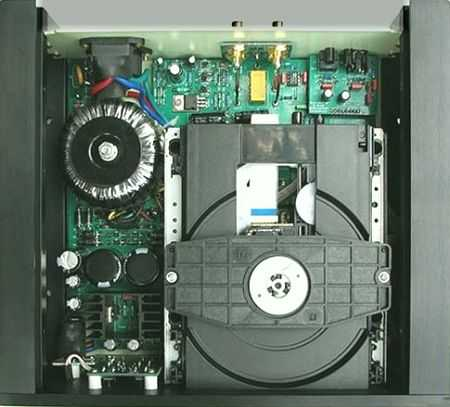 [Inside view of Virtue Audio Piano M1 CD player]