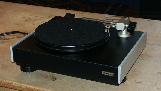 Opus 3 Continuo Turntable English