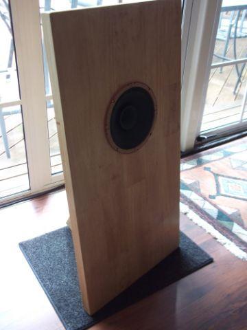 DIY] Four simple DIY loudspeakers